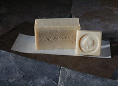 Picture of  Acquavena Organic Cleaning Bar with a Sampler